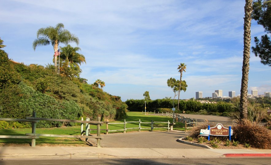 Entrance to park in Dover Shores, Newport Beach CA