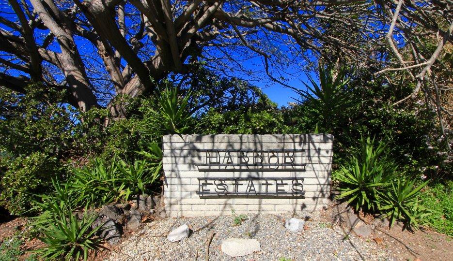 Harbor Estates community marquee in San Clemente California