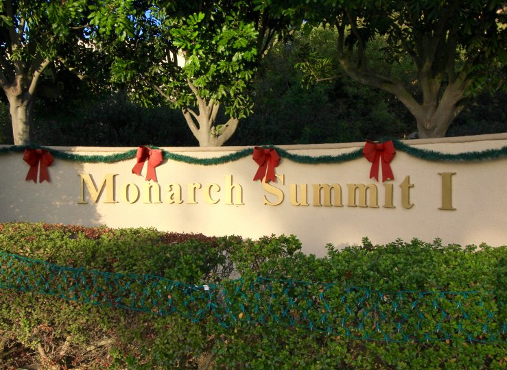 Monarch Summit 1 sign and entrance marquee in Monarch Summit, Laguna Niguel CA