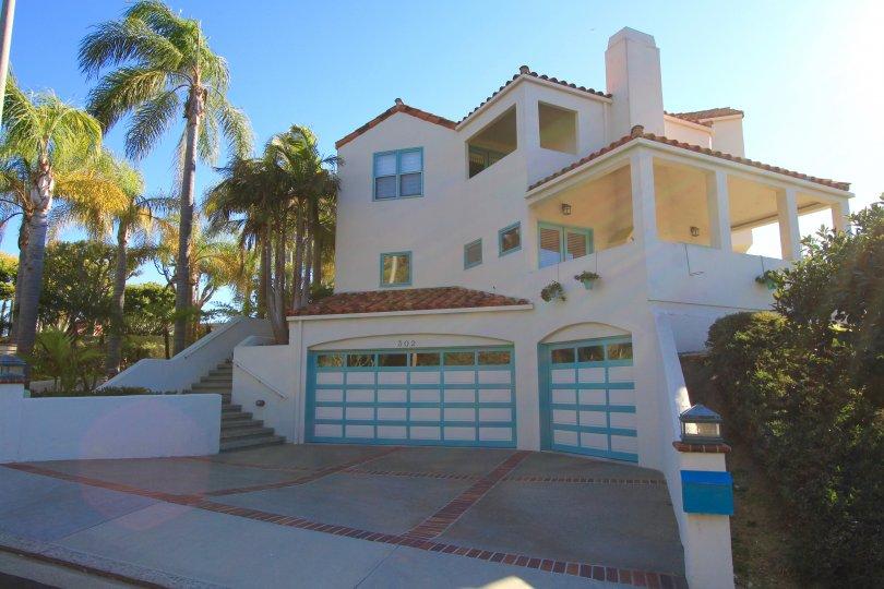 A beautiful three level home within Palacio Del Mar