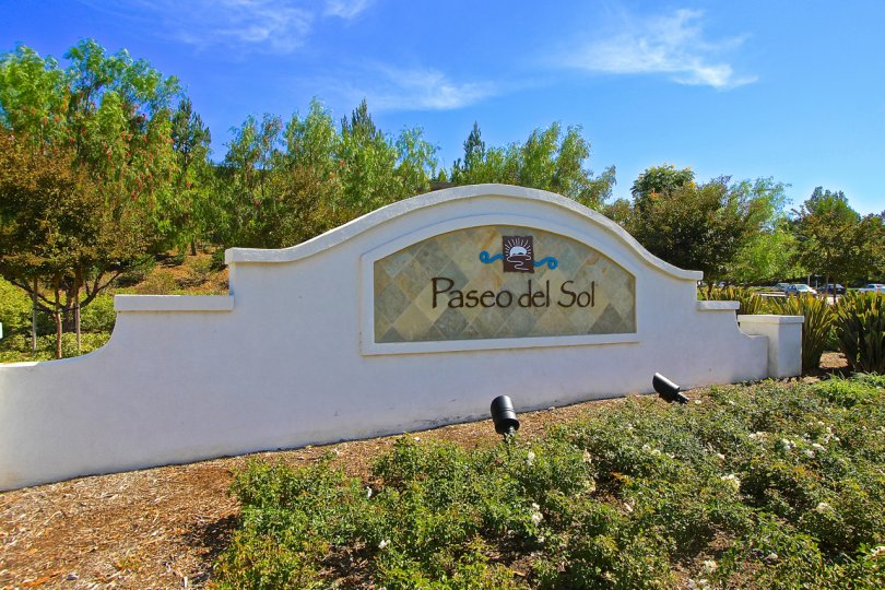 Entrance to Paseo Del Sol in Temecula Ca