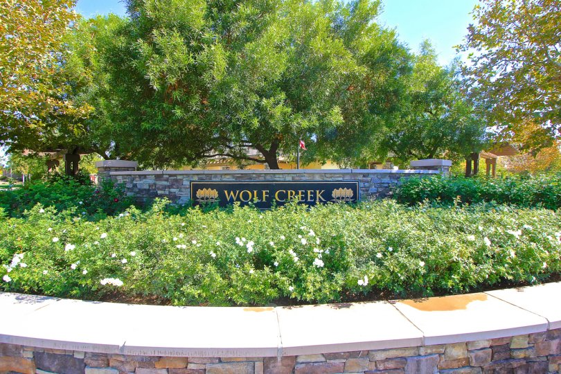 Entrance to Wolf Creek in Temecula Ca