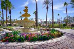 The wonderful fountain decorates a roundabout in Los Lagos