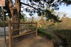 The Mission Viejo neighborhood of Pinecrest offers many walking trails