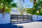 A modern house in the Palm Springs neighborhood of Old Las Palmas