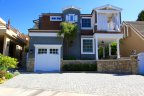 Cozy home within Beach Colony offers Privacy and Parking convenience.