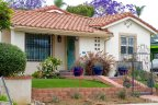 This beautiful cozy single family home lets you enjoy the best of La Playa and San Diego